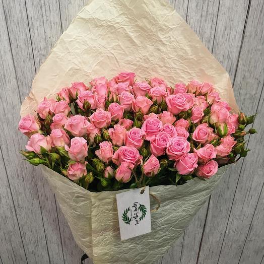 Букет из 11кустовых роз