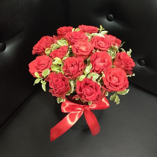 Коробка с эльторо: букеты цветов на заказ Flowwow