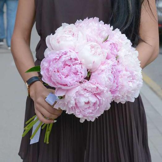 """Букет из 11 пионов """"Sarah Bernhardt"""": букеты цветов на заказ Flowwow"""