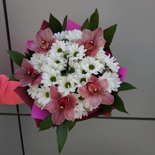 Букет с орхидей: букеты цветов на заказ Flowwow