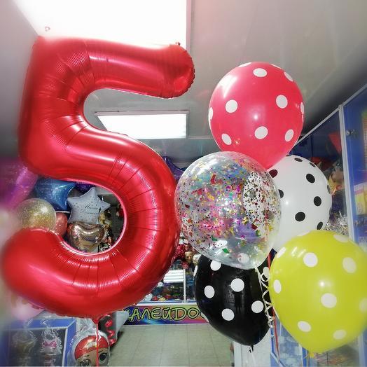 Фонтан из гелиевых шаров с цифрой 5: букеты цветов на заказ Flowwow