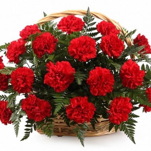 Корзина 9 мая: букеты цветов на заказ Flowwow