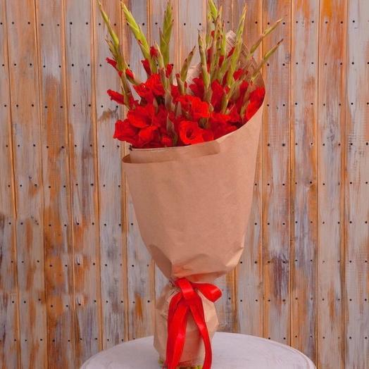 Букет-соло красных гладиолусов