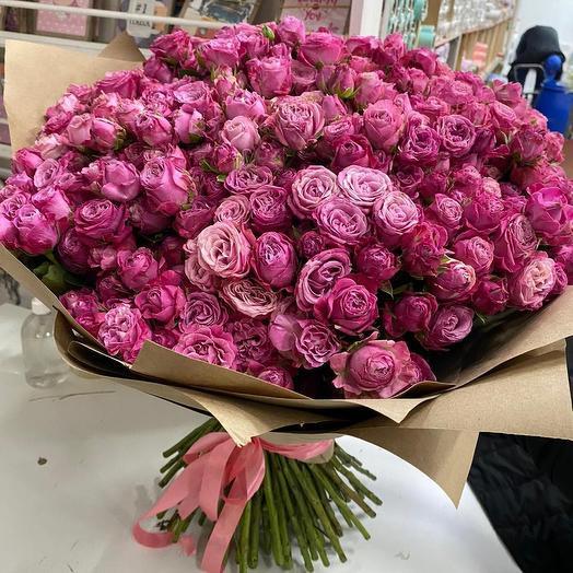 101 кустовая роза Бомбастик