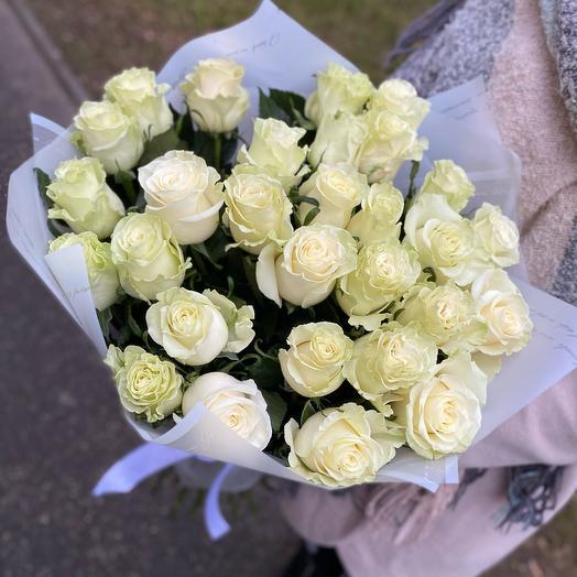 29 белых роз 60 см