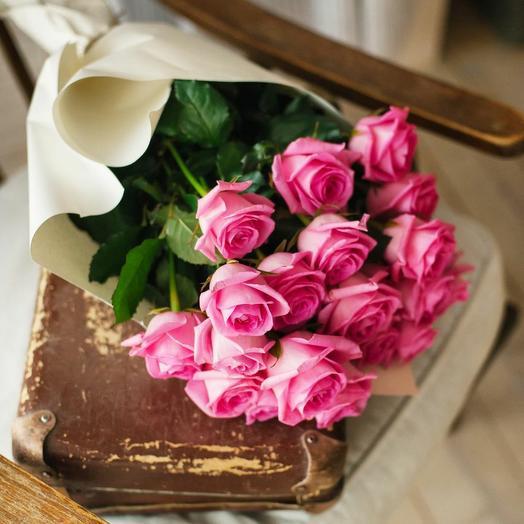 Букет из 21 розовой розы 0053