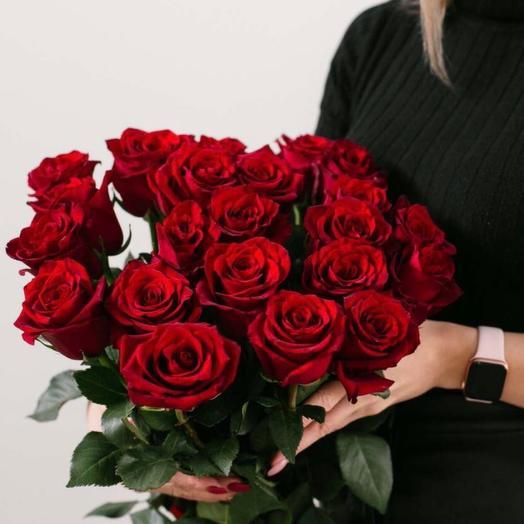 Букет красных роз Фридом