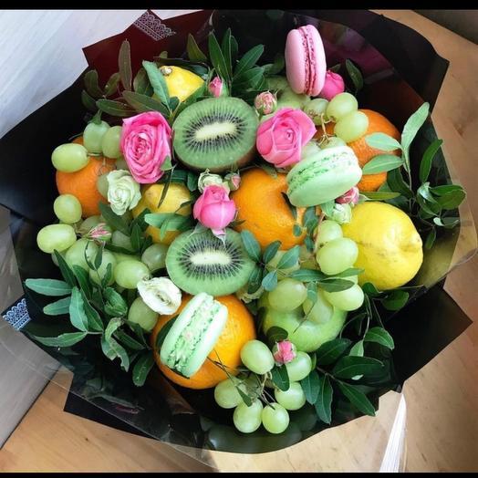 """Fruit bouquet """" Prince»"""