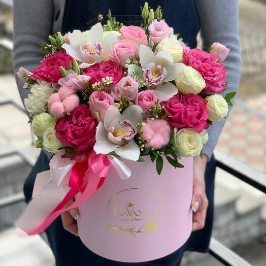 Цветы в коробке от студии LaVanda