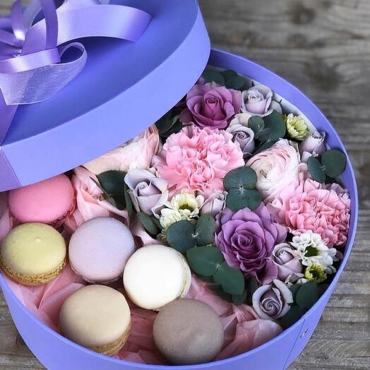 Цветы в коробке «Французский десерт «