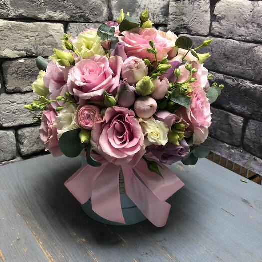 Цветы в коробке Матильда