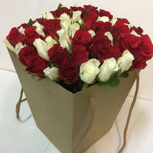 Классика в коробке: букеты цветов на заказ Flowwow