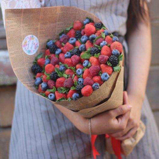 Букет лесные ягоды: букеты цветов на заказ Flowwow