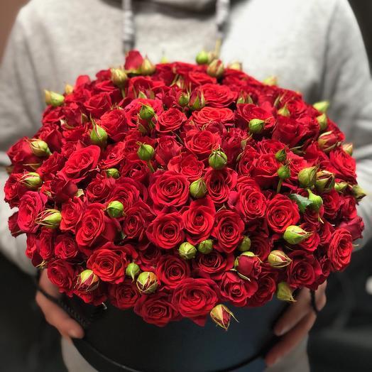 51 Кустовая роза в шляпной коробке