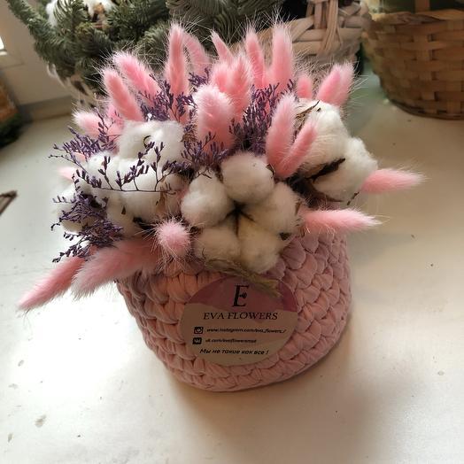 Вязаная корзиночка с хлопком: букеты цветов на заказ Flowwow