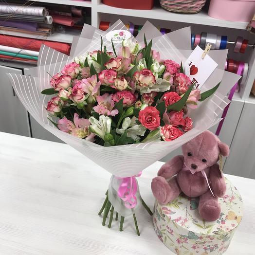 Букет, плюшевый мишка,  авторская открытка: букеты цветов на заказ Flowwow