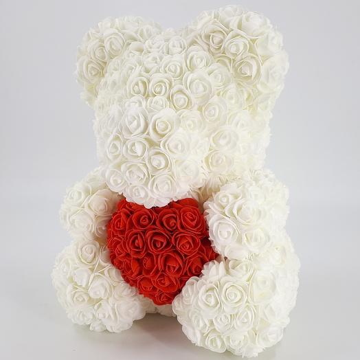 Мишка из роз 40 см белый с сердцем: букеты цветов на заказ Flowwow