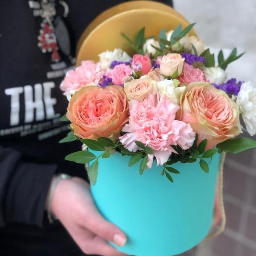 Коробка «Нежная»: букеты цветов на заказ Flowwow