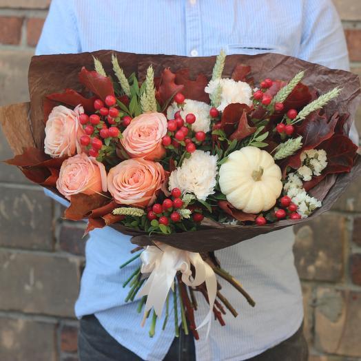 Осенний букет с тыквой: букеты цветов на заказ Flowwow