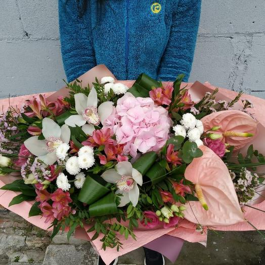 Авторский букет с экзотикой 😍: букеты цветов на заказ Flowwow