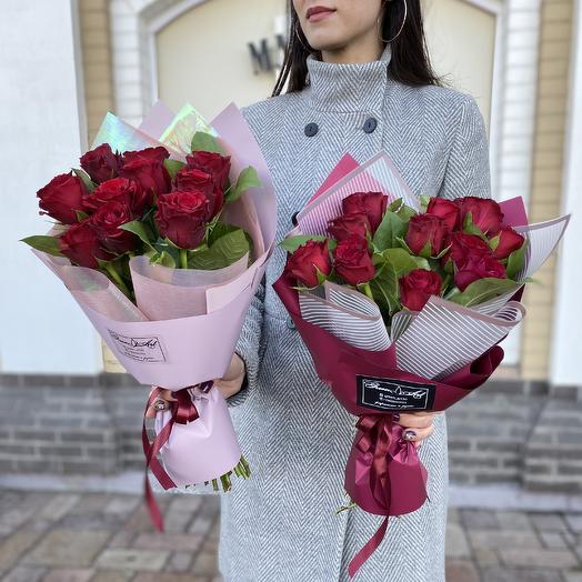 Красная классика: букеты цветов на заказ Flowwow