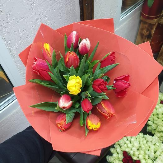 Букет из 15 тюльпанов: букеты цветов на заказ Flowwow