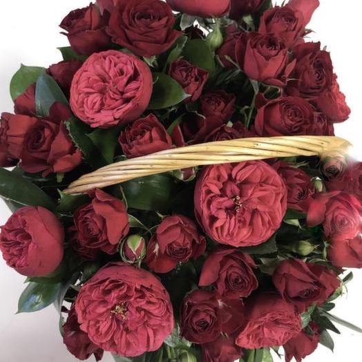 Роза- пион в корзине: букеты цветов на заказ Flowwow