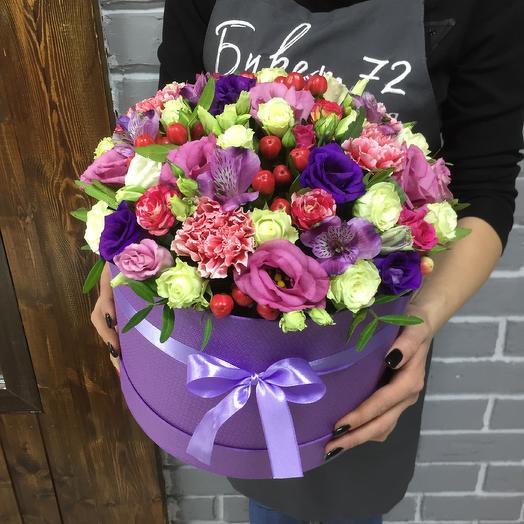 Большая коробка цветов