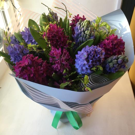 Гиацинты: букеты цветов на заказ Flowwow