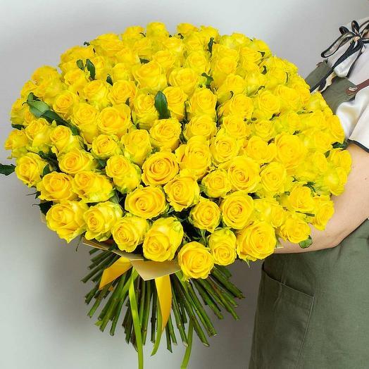 101 желтая роза 60 см: букеты цветов на заказ Flowwow