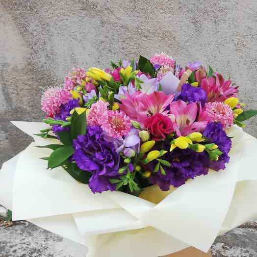 Bright bouquet of seasonal flowers