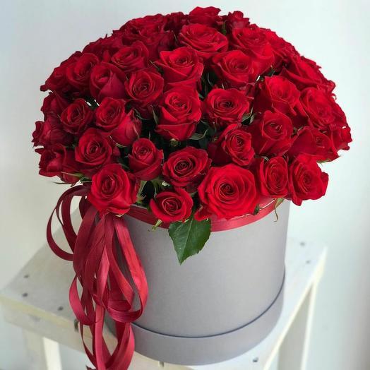 Коробка из 55 красных роз 0070