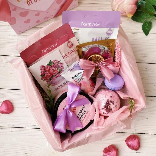 Косметический подарочный набор девушке «Beauty box spa» / Женский подарок