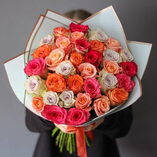 Букет из 35 роз ассорти