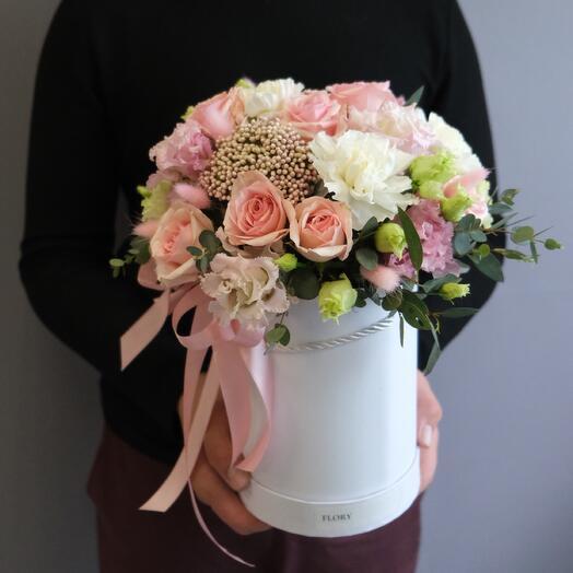 Цветы в коробке «Розовый зефир»