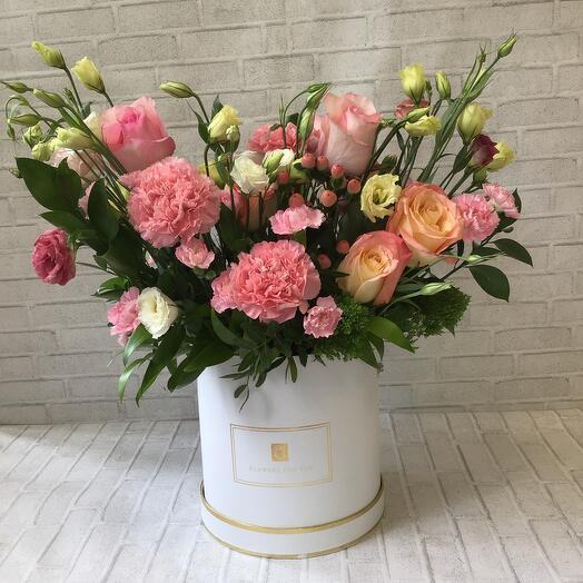 Цветы в коробке «Элегия»