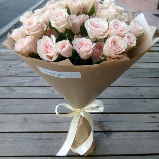 Кустовая роза в крафт бумаге: букеты цветов на заказ Flowwow