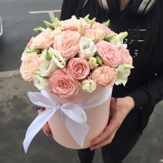 Коробочка из роз и эустомы: букеты цветов на заказ Flowwow