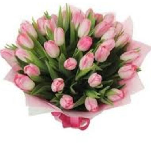 31 розовый тюльпан: букеты цветов на заказ Flowwow