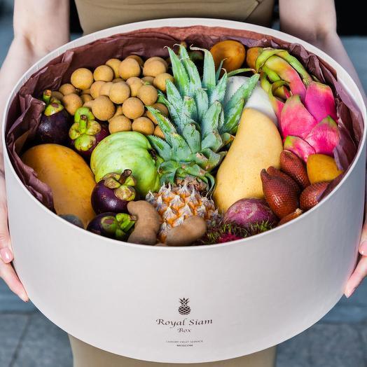 Шляпная коробка с фруктами Royal Grand Deluxe
