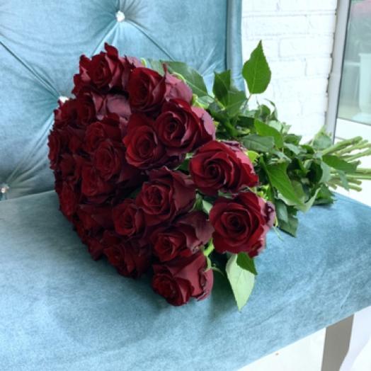 """Монобукет из 25 роз сорта """"Эксплорер"""""""