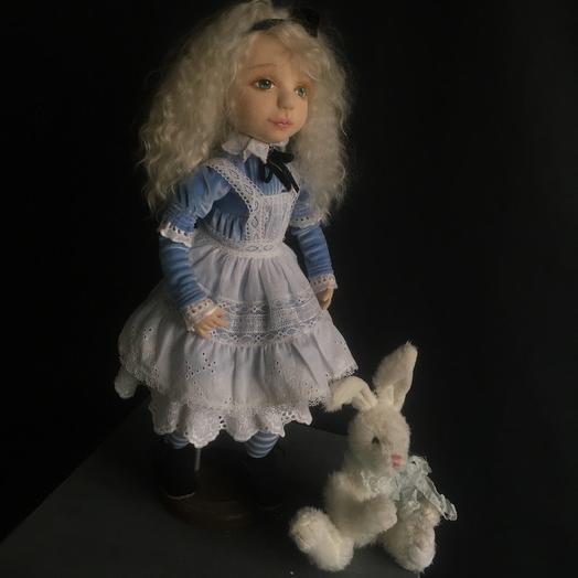 куколка Алиса в стране чудес