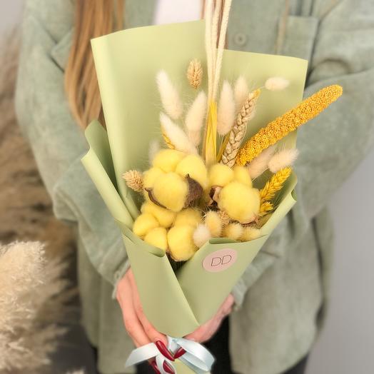 Нежный букетик из сухоцветов