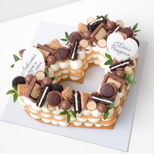 Торт Сердце с двумя картинками и шоколадным декором