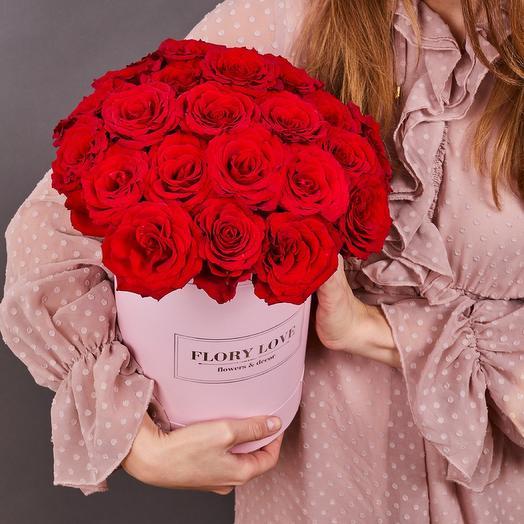 25 красных роз премиум в шляпной коробке