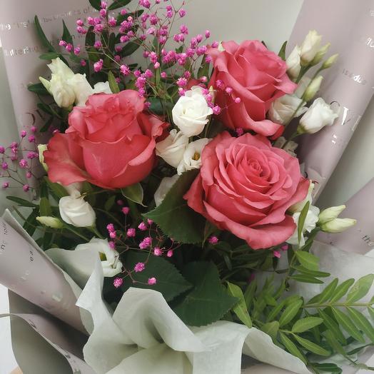 Высокий букет из роз