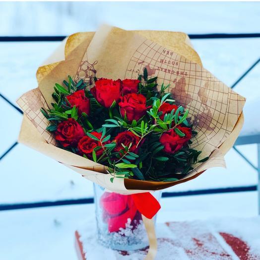 Букет «9 роз в крафте»