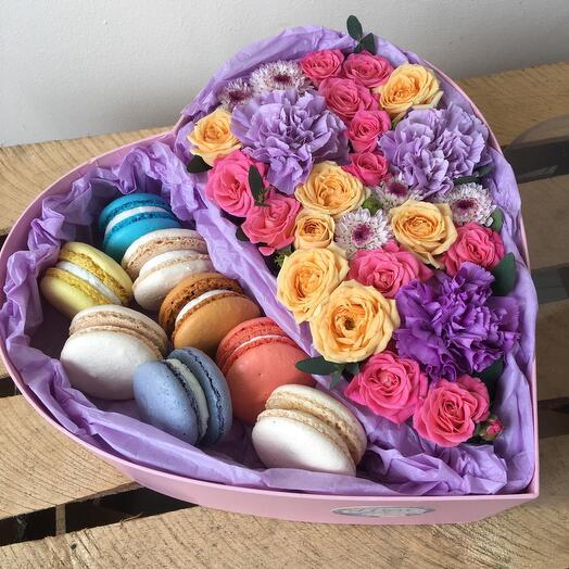 Цветы в коробке Сладкая любовь
