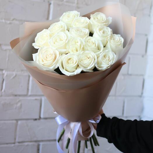 Букет из 15 белых роз 50-60 см