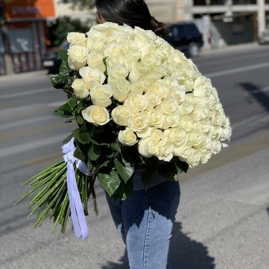 101 Белая роза Эквадор 80 см